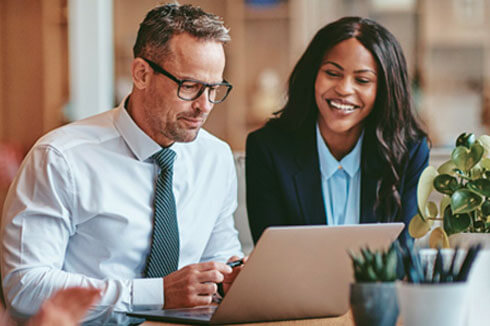 <br>Leading Multinational Financial Services Provider Streamlines its HR Business Processes with Oracle HCM Cloud